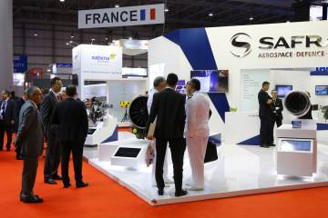 crowd in front of Safran booth