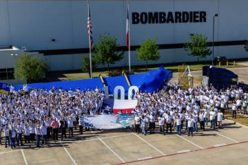 Bombardier 100th Global 7500 wing celebration (Photo: Bombardier)